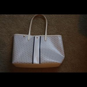 Tory burch tote bag rarely used